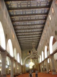 Bagian dalam Masjid Al-Aqsho