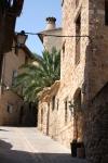 Jalanan di dalam kota Alquezar