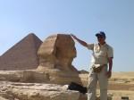 Piramid Giza dengan Sphink-nya.
