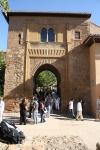 Salah satu gerbang Alhambra, Granada
