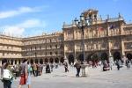 Plaza Mayor, tempat berkumpulnya warga
