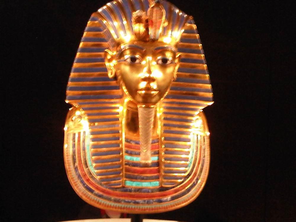 Tutankhamon ; Sang Fir'aun Muda Dan Temuan Harta Karun-Nya (2). (6/6)