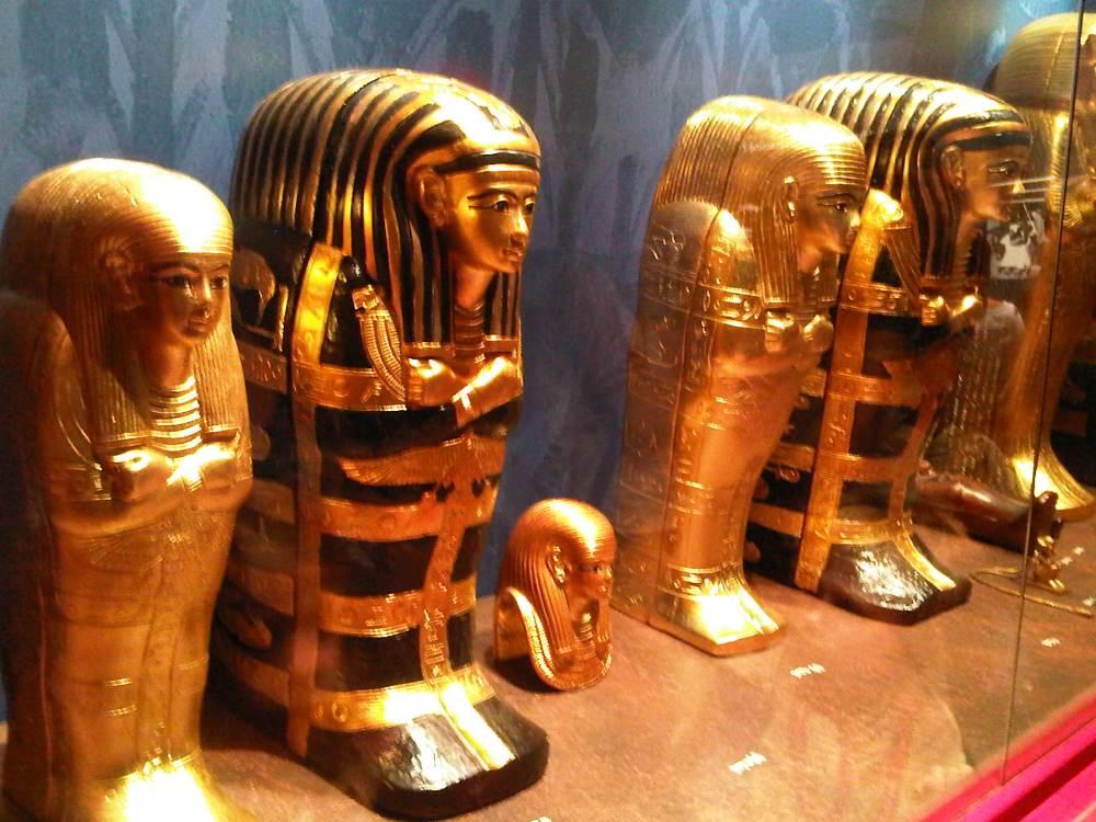 Tutankhamon ; Sang Fir'aun Muda Dan Temuan Harta Karun-Nya (2). (3/6)