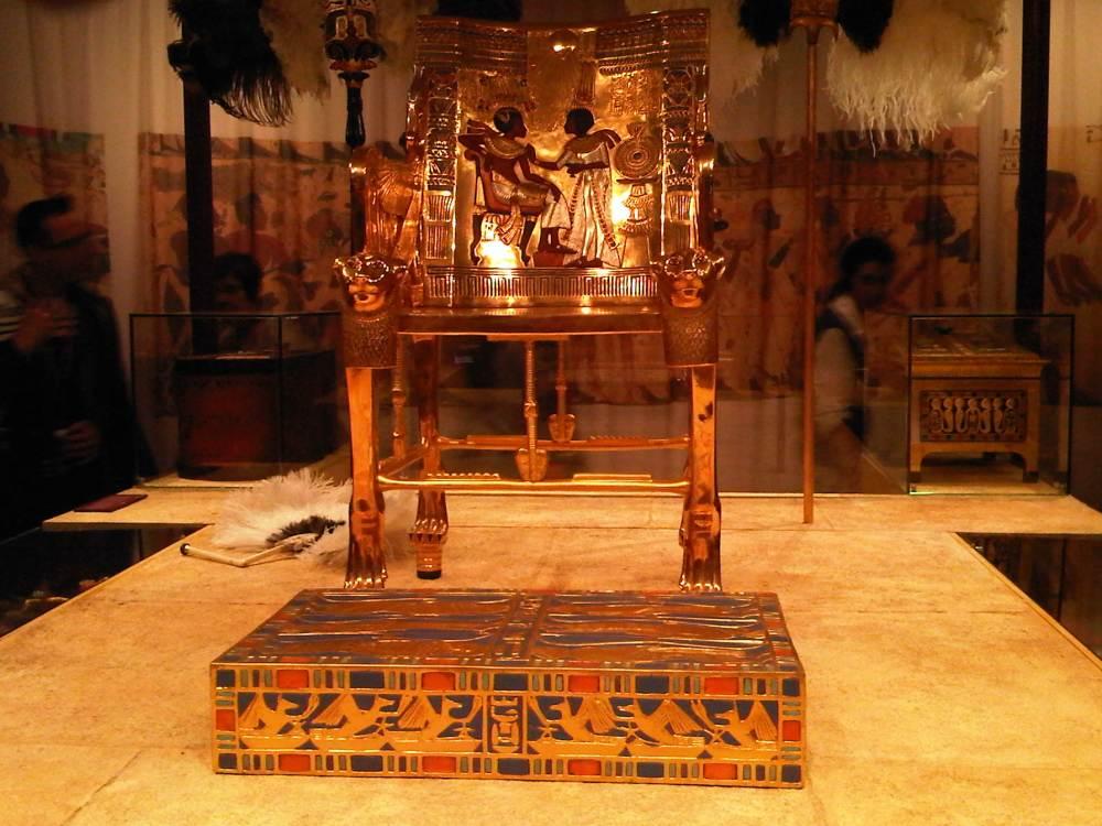 Tutankhamon ; Sang Fir'aun Muda Dan Temuan Harta Karun-Nya (2). (4/6)